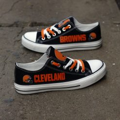 Cleveland Browns Limited Fans Low Top Canvas Sneakers
