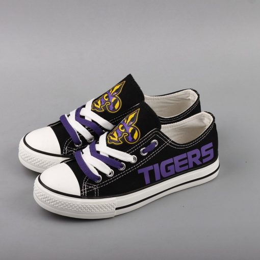LSU_Tigers_Limited_Print_NCAA_College_Students_Low_Top_Canvas_Shoes_Sport_Sneakers_T_DV206H_1564902462302_0