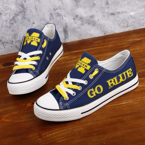 Michigan_Wolverines_Limited_Print_NCAA_College_Students_Low_Top_Canvas_Shoes_Sport_Sneakers_T_DV217L_1564916672731_0