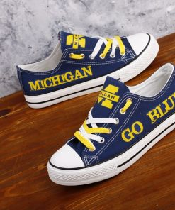 Michigan_Wolverines_Limited_Print_NCAA_College_Students_Low_Top_Canvas_Shoes_Sport_Sneakers_T_DV217L_1564916672731_2