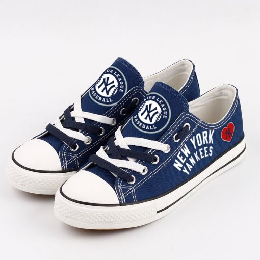 New York Yankees Limited Fans Low Top Canvas Sneakers