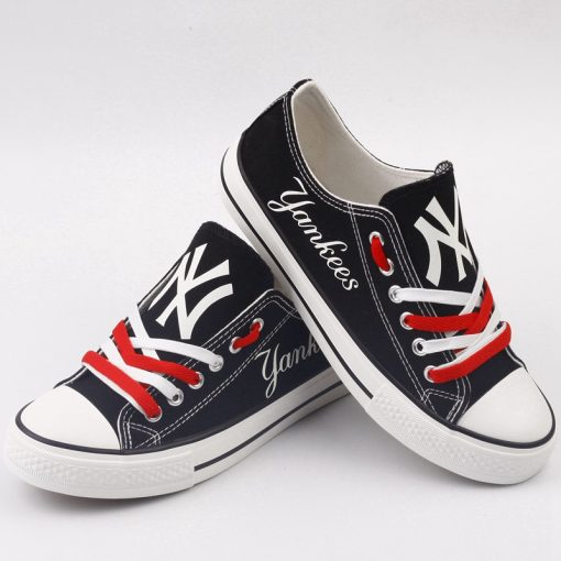 New York Yankees Limited Luminous Low Top Canvas Sneakers