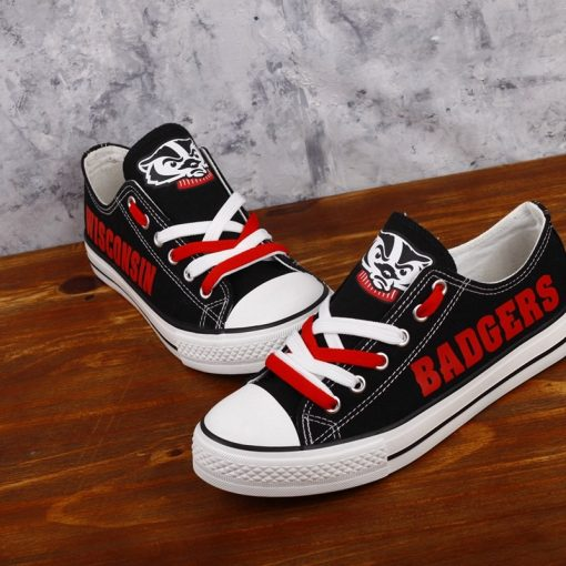 Wisconsin Badgers Limited Low Top Canvas Shoes Sport