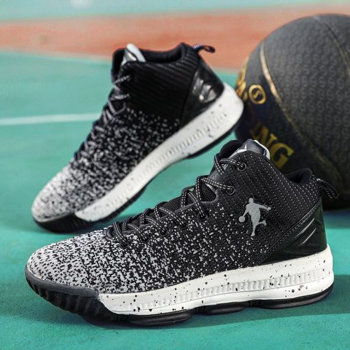 2020 New Men Basketball Shoes Men High Top Athletic Shoes Sneakers Women Breathable Lightweight Training Boots 2