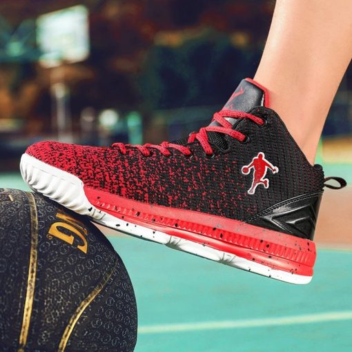 2020 New Men Basketball Shoes Men High Top Athletic Shoes Sneakers Women Breathable Lightweight Training Boots