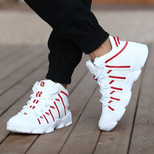 Basket Homme 2018 Outdoor Basketball Shoes Men s Cement Wear resistant Anti skid Training Sneaker Basketball 3
