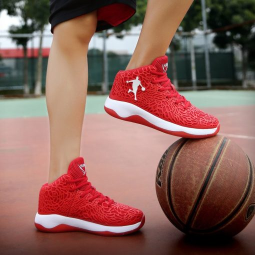 Man Lightweight Basketball Shoes Breathable Anti slip Basketball Sneakers Men Lace up Sports Gym Ankle Boots 2