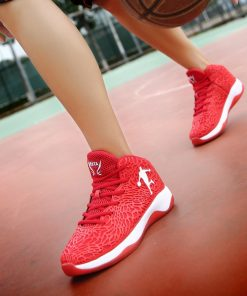 Man Lightweight Basketball Shoes Breathable Anti slip Basketball Sneakers Men Lace up Sports Gym Ankle Boots 3
