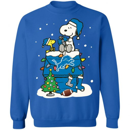 A Happy Christmas With Detroit Lions Snoopy Sweatshirt