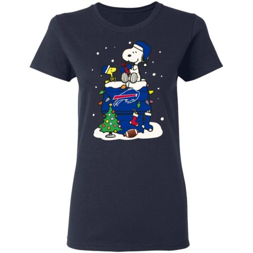 A Happy Christmas With New York Giants Snoopy Women's T-Shirt