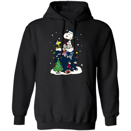 A Happy Christmas With New England Patriots Snoopy Hoodie
