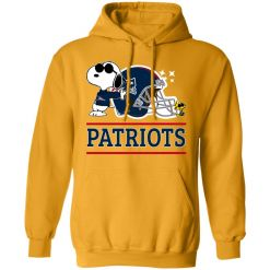 The New England Patriots Joe Cool And Woodstock Snoopy Mashup Hoodie